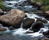Boulders in Merced River_DSC07216