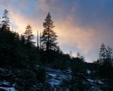 mountain-ridge-and-sunset-clouds-Yosemite_DSC07300