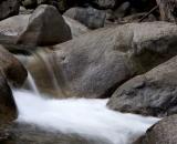 rushing-water-in-Merced-River_DSC07192