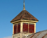 old-cupola-on-top-of-barn_P1110060